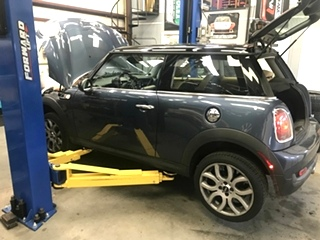 MINI Cooper Water Pump Repair